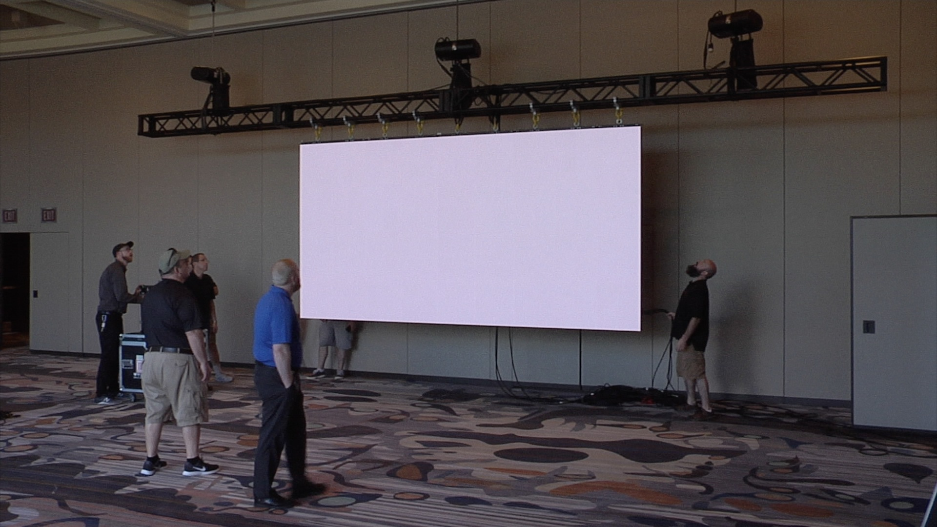 TVI technicians build LED tile video wall at Rivers Casino